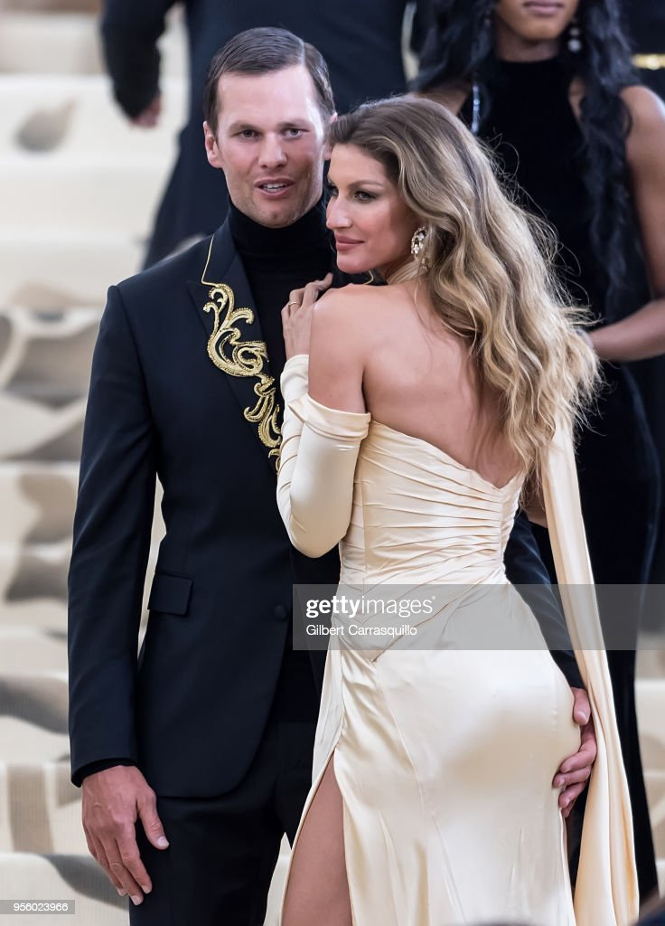 Heavenly Bodies: Fashion & The Catholic Imagination Costume Institute Gala - Street Sightings : Fotografia de notícias
