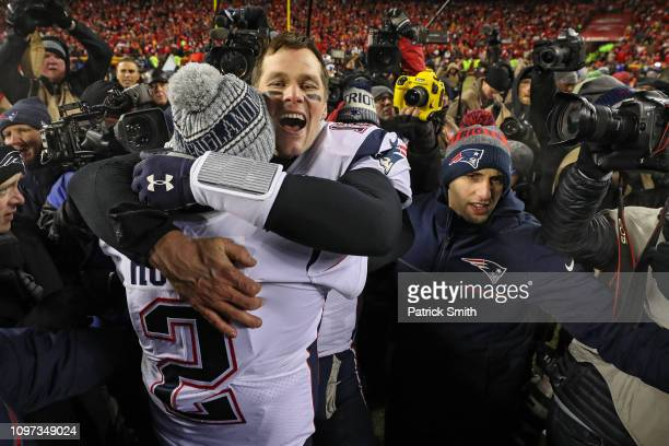 Tom Brady of the New England Patriots celebrates after defeating the Kansas City Chiefs during the AFC Championship Game at Arrowhead Stadium on...