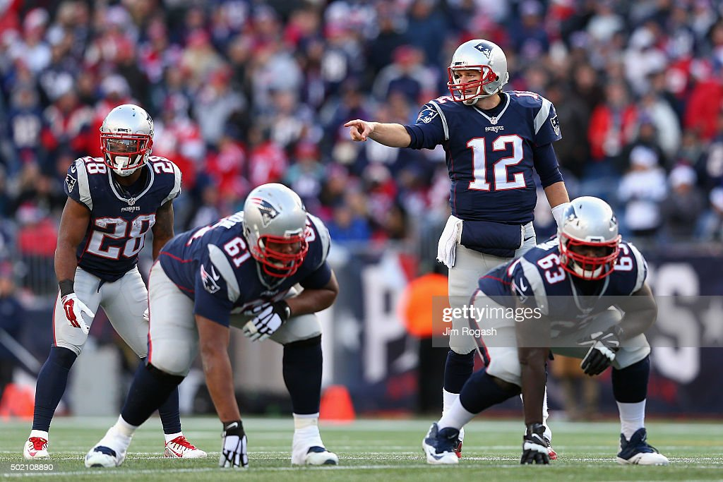 Tennessee Titans v New England Patriots : News Photo
