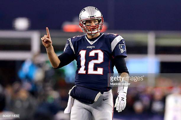 Tom Brady of the New England Patriots gestures after a play in the fourth quarter against the Kansas City Chiefs during the AFC Divisional Playoff...