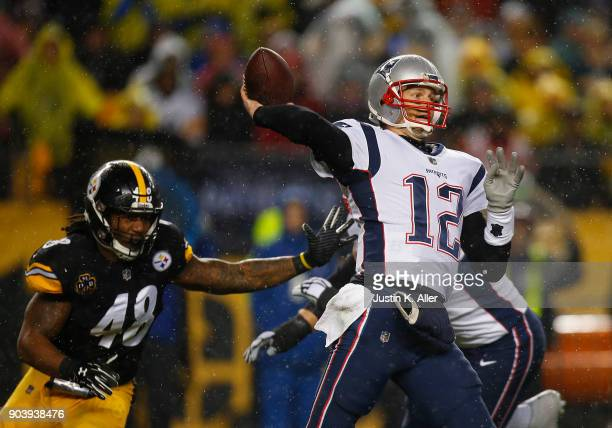 Tom Brady of the New England Patriots in action against Bud Dupree of the Pittsburgh Steelers on November 17 2017 at Heinz Field in Pittsburgh...