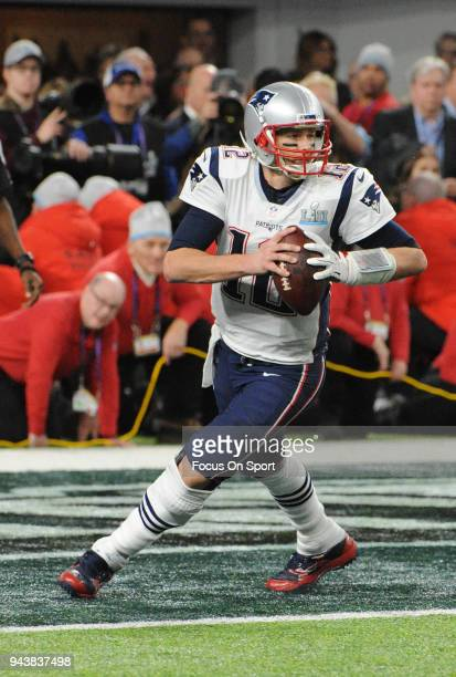 Tom Brady of the New England Patriots looks to pass against the Philadelphia Eagles during Super Bowl LII at US Bank Stadium on February 4 2018 in...