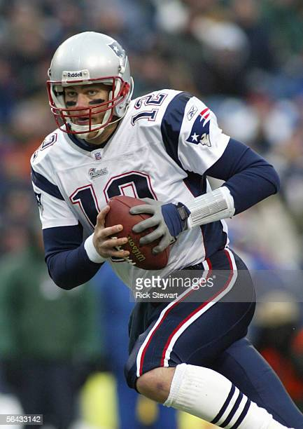 Tom Brady of the New England Patriots looks to pass during the game with the Buffalo Bills on December 11 2005 at Ralph Wilson Stadium in Orchard...