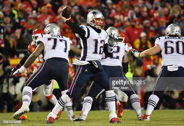 Tom Brady of the New England Patriots passes in the second half against the Kansas City Chiefs during the AFC Championship Game at Arrowhead Stadium...
