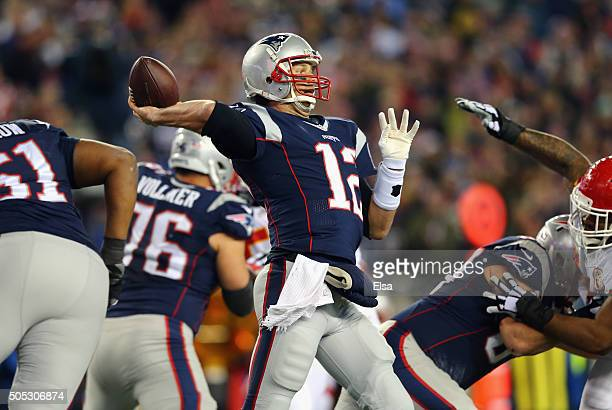 Tom Brady of the New England Patriots passes in the second quarter against the Kansas City Chiefs during the AFC Divisional Playoff Game at Gillette...