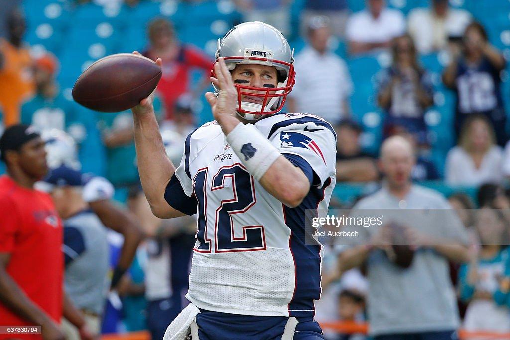 New England Patriots v Miami Dolphins : News Photo
