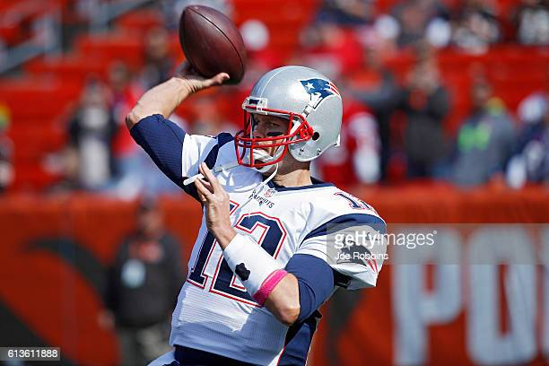 Tom Brady of the New England Patriots warms up before the game against the Cleveland Browns at FirstEnergy Stadium on October 9 2016 in Cleveland Ohio