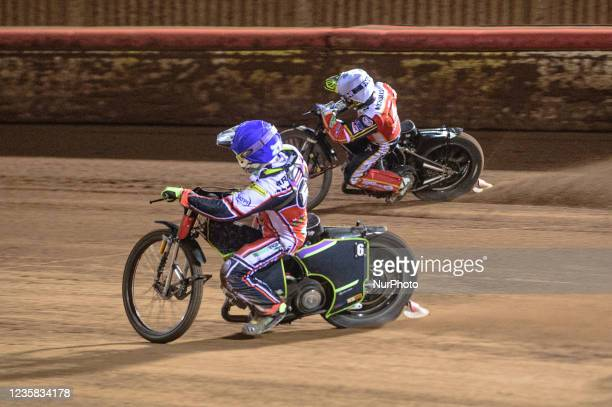 Tom Brennan inside Scott Nicholls during the SGB Premiership Grand Final 1st Leg between Belle Vue Aces and Peterborough Panthers at the National...