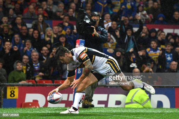Tom Briscoe of Leeds Rhinos scores a try during the Betfred Super League Grand Final match between Castleford Tigers and Leeds Rhinos at Old Trafford...
