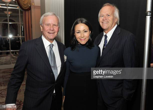 Tom Brokaw journalist Ann Curry and NBC Sports Chairman Dick Ebersol attend the International Rescue Committee's Annual Freedom Award benefit at the...