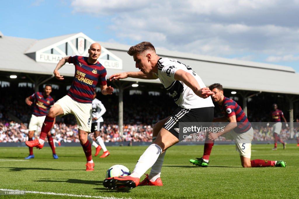 Fulham FC v Newcastle United - Premier League : Nachrichtenfoto