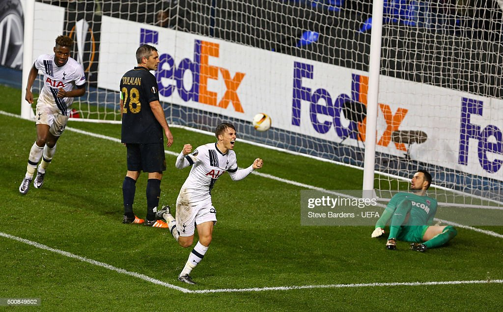 Tom Carroll of Tottenham Hotspur FC celebrates scoring the 4th goal during the UEFA Europa League group J match between Tottenham Hotspur FC and AS Monaco FC at White Hart Lane on December 10, 2015 in London, United Kingdom.