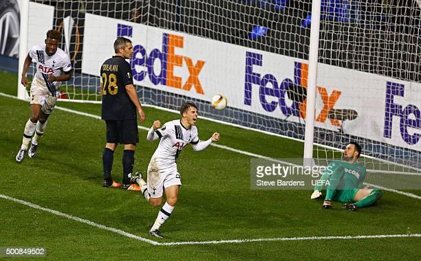 Tom Carroll of Tottenham Hotspur FC celebrates scoring the 4th goal during the UEFA Europa League group J match between Tottenham Hotspur FC and AS...