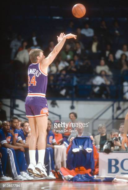 Tom Chambers of the Phoenix Suns shoots against the Washington Bullets during an NBA basketball game circa 1990 at the Capital Centre in Landover...