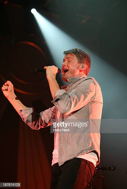 Tom Chaplin of Keane performs at BIC on December 4, 2012 in Bournemouth, England.