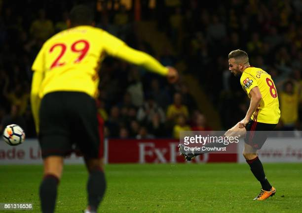 Tom Cleverley of Watford scores their second goal during the Premier League match between Watford and Arsenal at Vicarage Road on October 14 2017 in...
