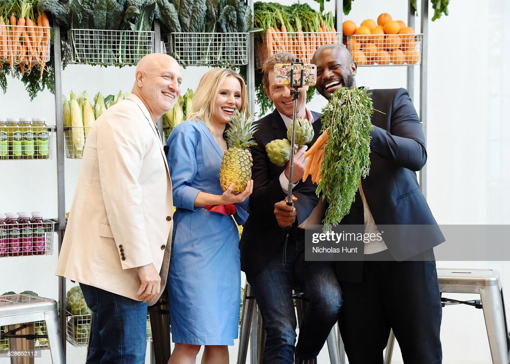 Tom Colicchio, Kristen Bell, Bobby Flay and Taye Diggs attend the 2017 #DrinkGoodDoGood Campaign Launch at Little River on August 9, 2017 in New York City.