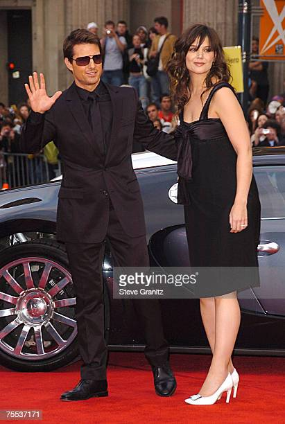Tom Cruise and Katie Holmes at the Grauman's Chinese Theatre in Beverly Hills California