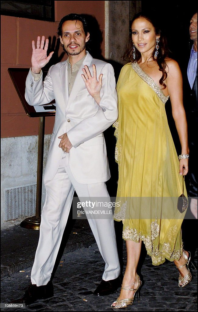 Tom Cruise and Katie Holmes in Rome for wedding in Rome, Italy on November 16, 2006. : News Photo