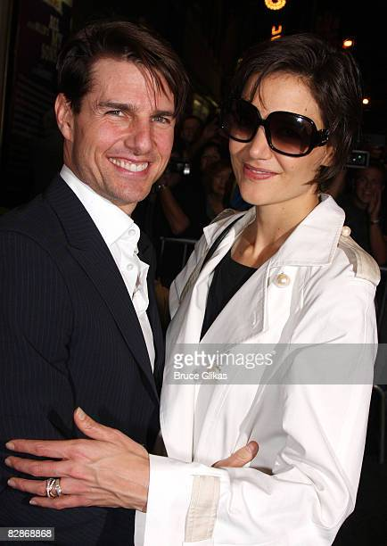 Tom Cruise and Katie Holmes pose after an industryonly final dress rehearsal before previews start for the general public of Arthur Miller's All My...