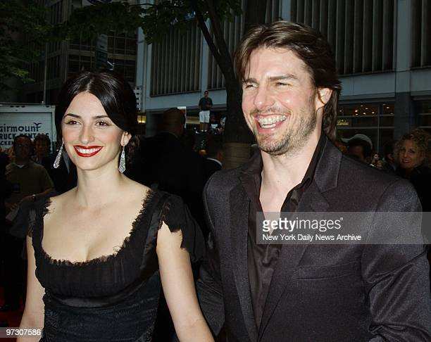 Tom Cruise and Penelope Cruz arrive for the premiere of the movie 'Minority Report' at the Ziegfeld Theater He stars in the film