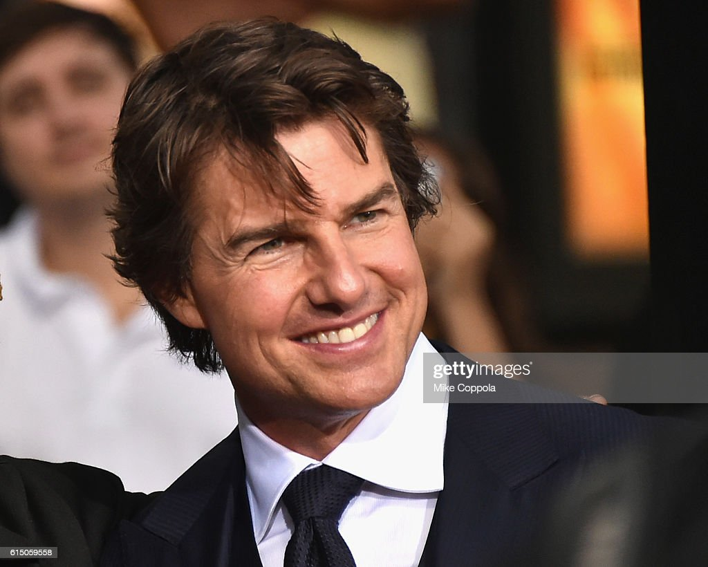 Tom Cruise attends the 'Jack Reacher: Never Go Back' Fan Screening at AMC Elmwood Palace 20 on October 16, 2016 in Harahan, Louisiana.