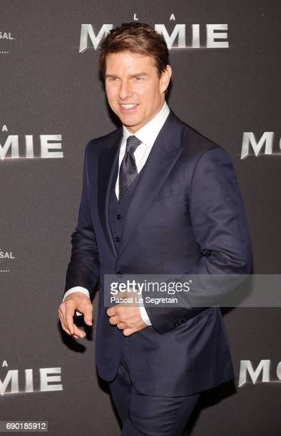 Tom Cruise attends 'The Mummy La Momie' Paris Premiere at Le Grand Rex on May 30 2017 in Paris France