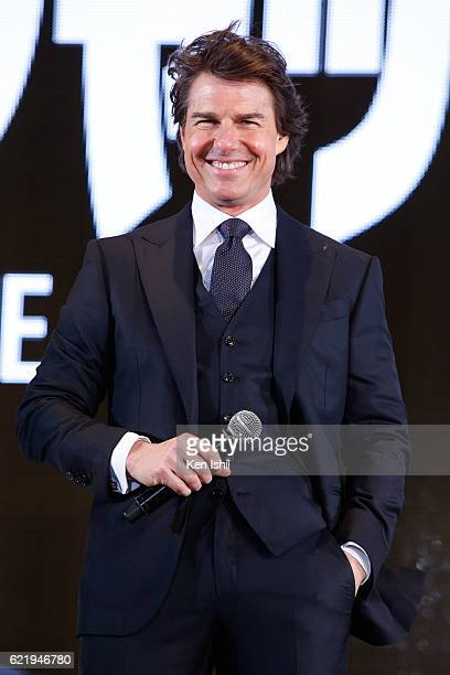 Tom Cruise attends the Tokyo Premiere of the Paramount Pictures' 'Jack Reacher Never Go Back' on November 9 2016 at Toho Cinemas Roppongi Hills on...