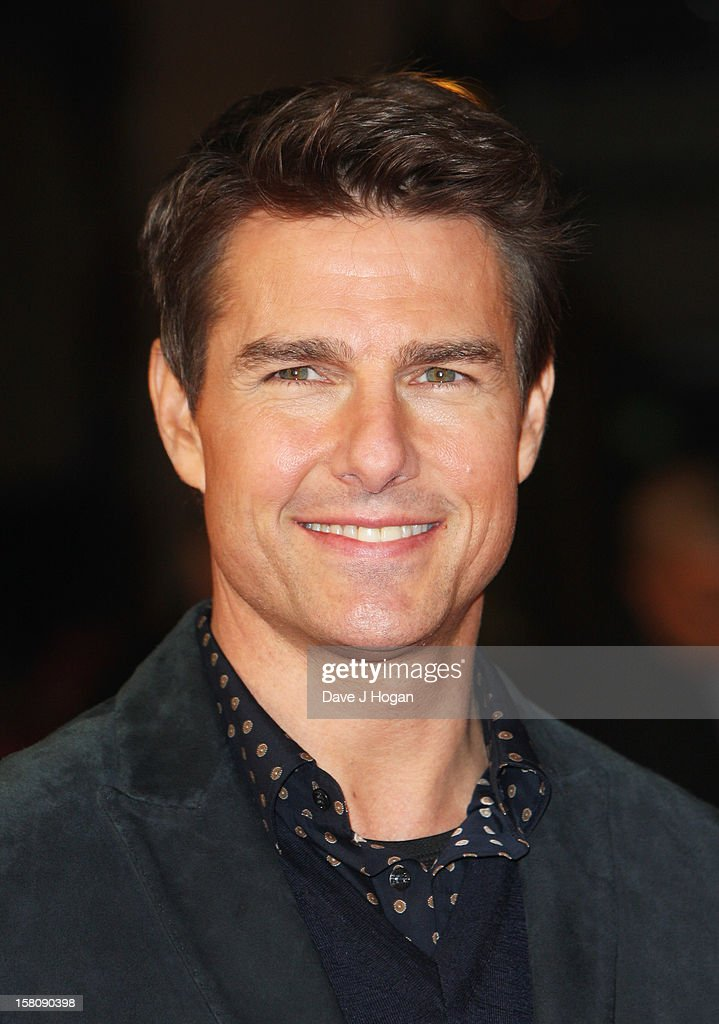 Tom Cruise attends the world premiere of 'Jack Reacher' at The Odeon Leicester Square on December 10, 2012 in London, England.