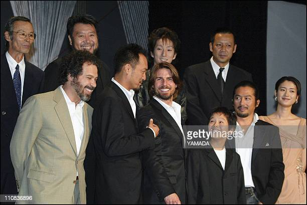 Tom Cruise Center Japanese Actor Ken Watanabe 2Nd Left Film Director Edward Zwick Left Sosuke Ikematsu Hiroyuki Sanada Koyuki And Other Casts Pose...