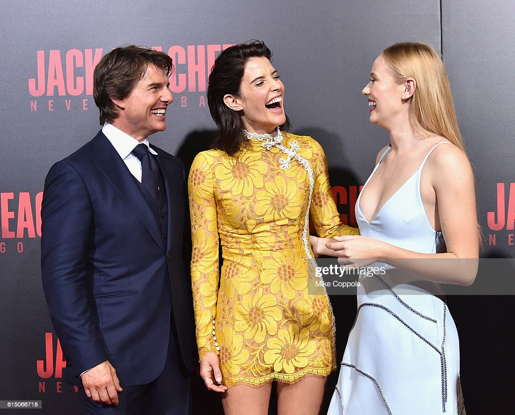 Tom Cruise, Cobie Smulders, and Danika Yarosh attend the 'Jack Reacher: Never Go Back' Fan Screening at AMC Elmwood Palace 20 on October 16, 2016 in Harahan, Louisiana.