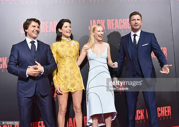 Tom Cruise Cobie Smulders Danika Yarosh and Patrick Heusinger attend the 'Jack Reacher Never Go Back' Fan Screening at AMC Elmwood Palace 20 on...