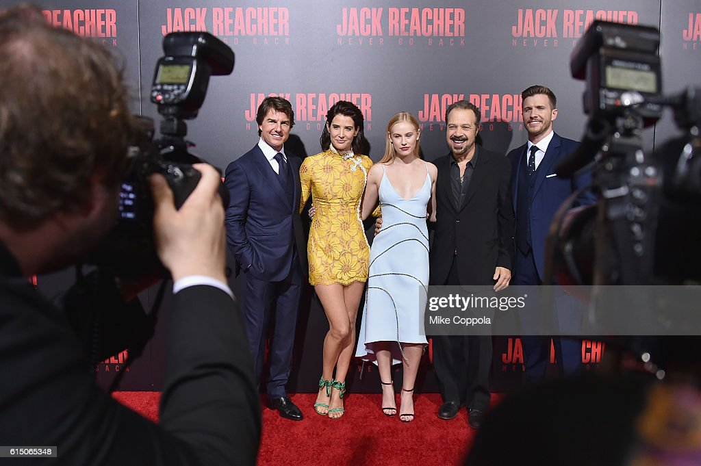Tom Cruise, Cobie Smulders, Danika Yarosh, Edward Zwick, and Patrick Heusinger attend the 'Jack Reacher: Never Go Back' Fan Screening at AMC Elmwood Palace 20 on October 16, 2016 in Harahan, Louisiana.