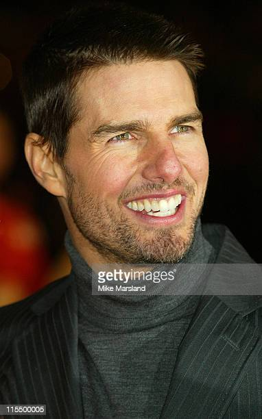 Tom Cruise during 'The Last Samurai' UK Premiere Arrivals at Odeon Cinema Leicester Square in London Great Britain