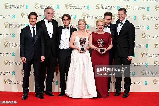 Tom Cruise Jonathan Sehring Ellar Coltrane Cathleen Sutherland Patricia Arquette Ethan Hawke and John Sloss celebrate Best Film 'Boyhood' in the...