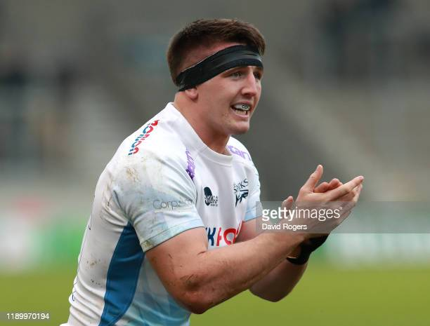 Tom Curry of Sale Sharks shouts instructions during the Heineken Champions Cup Round 2 match between Sale Sharks and La Rochelle at AJ Bell Stadium...