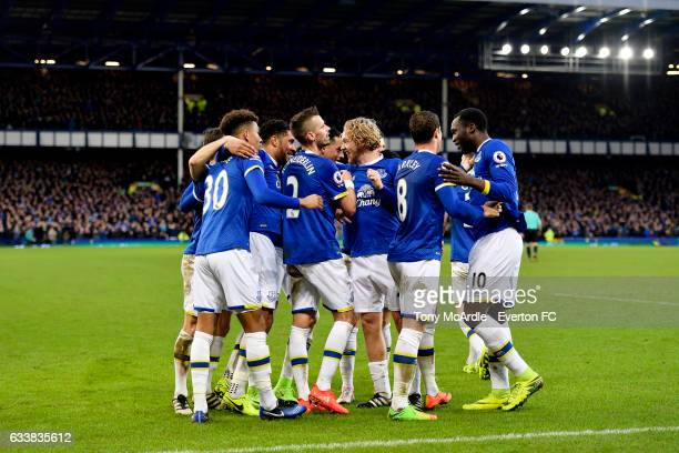 Tom Davies and team mates join Romelu Lukaku as he celebrates his fourth goal during the Premier League match between Everton and AFC Bournemouth at...