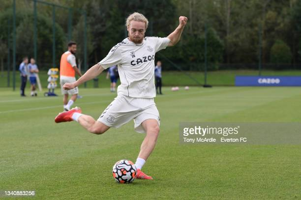 Tom Davies during the Everton Training Session at USM Finch Farm on September 16 2021 in Halewood, England.