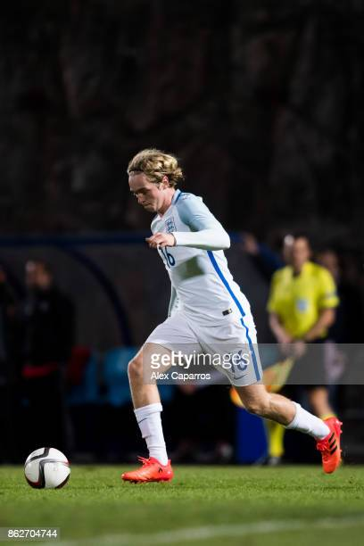 Tom Davies of England conducts the ball during the UEFA European Under 21 Championship Group 4 Qualifier between Andorra and England at Estadi...