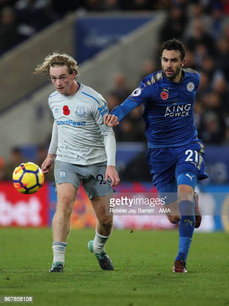 Tom Davies of Everton and Vincente Iborra of Leicester City during the Premier League match between Leicester City and Everton at The King Power...