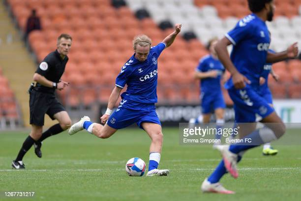 Tom Davies of Everton during the pre-season friendly match between Blackpool and Everton at Bloomfield Road on August 22 2020 in Blackpool, England.