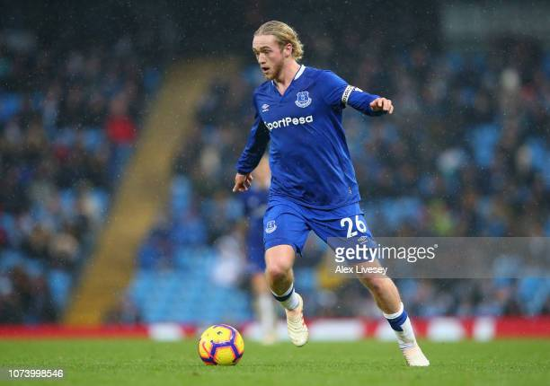 Tom Davies of Everton FC runs with the ball during the Premier League match between Manchester City and Everton FC at Etihad Stadium on December 15...