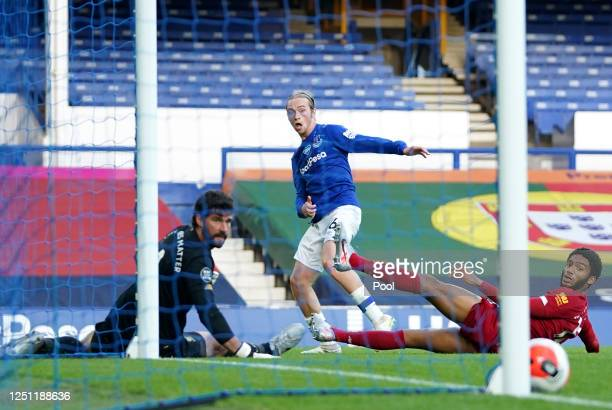 Tom Davies of Everton misses a chance during the Premier League match between Everton FC and Liverpool FC at Goodison Park on June 21, 2020 in...