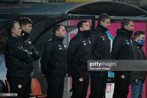 Tom de Rooij of PSV U23, Toine Leijnse of PSV U23, Frank van Doveren of PSV U23, Wilfred Bouma of PSV U23, coach Peter Uneken of PSV U23, Edwin de...
