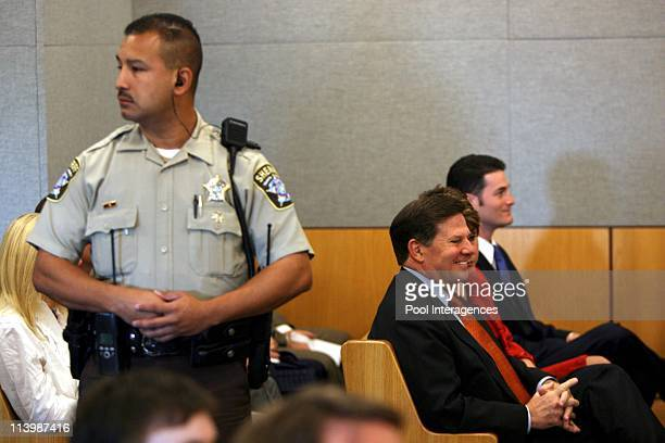 Tom DeLay in court In Austin United States On October 21 2005 US Rep Tom DeLay and wife Christine DeLay await proceedings during DeLay's arraignment...