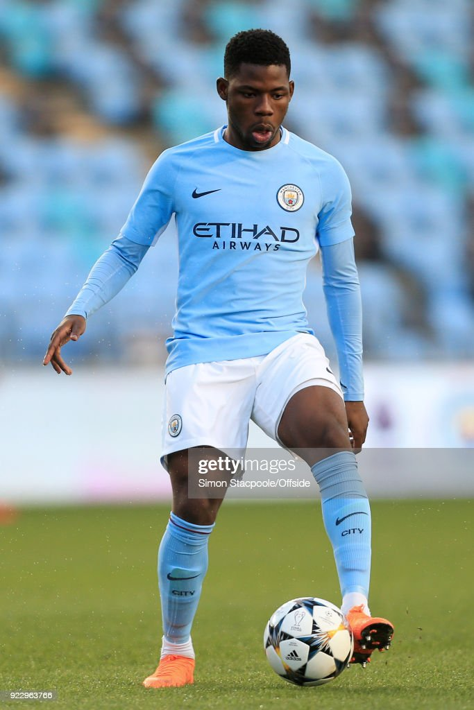 Tom Dele-Bashiru of Man City in action during the UEFA Youth League Round of 16 match between Manchester City and Inter Milan at Manchester City Football Academy on February 20, 2018 in Manchester, England.