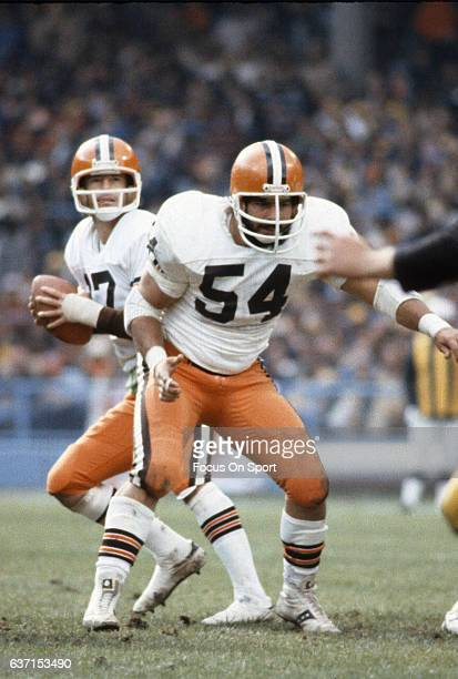 Tom DeLeone of the Cleveland Browns in action against the Pittsburgh Steelers during an NFL football game October 15 1978 at Cleveland Municipal...