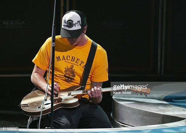 Tom Delonge of Blink 182 performs on stage at The 2004 Teen Choice Awards held on August 8 2004 at Universal Amphitheater in Universal City California