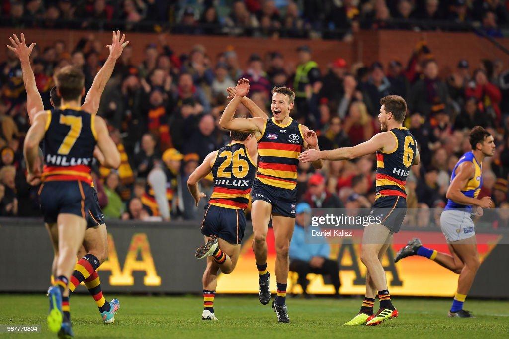 AFL Rd 15 - Adelaide v West Coast : News Photo