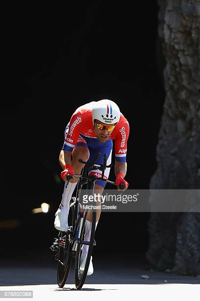 Tom Dumoulin of Netherlands and Team GiantAlpecin on his way to victory during the 37km Individual Time Trial stage thirteen of Le Tour de France...